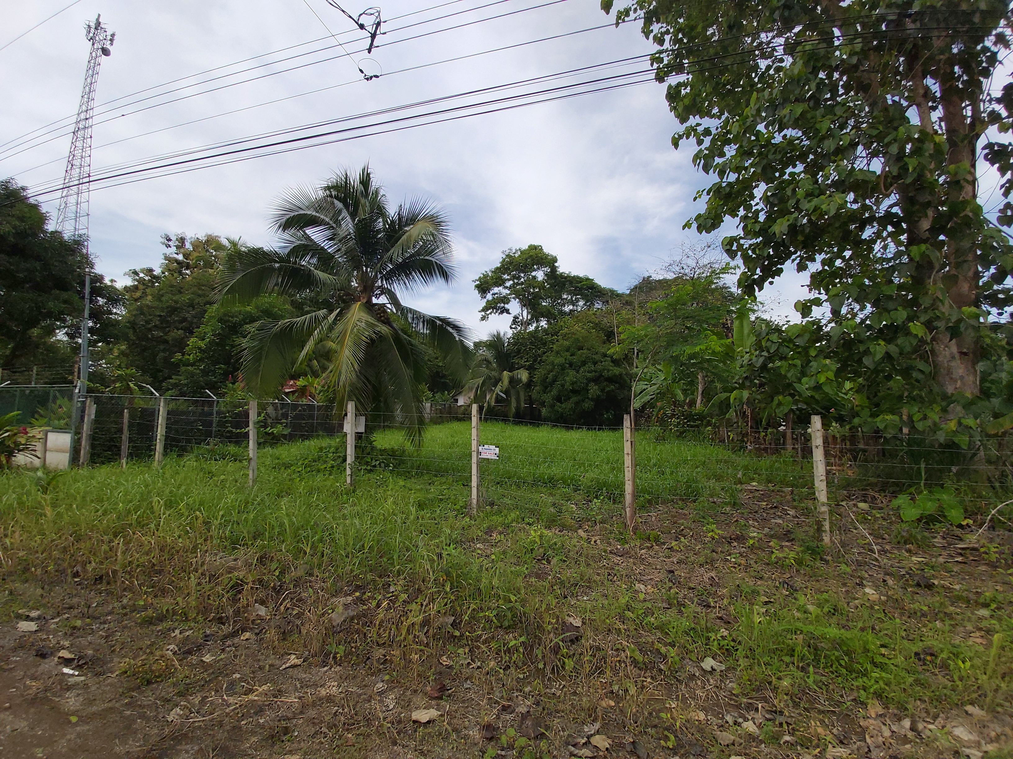 Affordable Lot Ready-to-Build in Uvita.