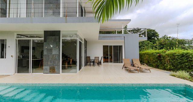 contemporary-home-uvita-9364-640x360