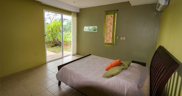 contemporary-home-uvita-9428-640x360