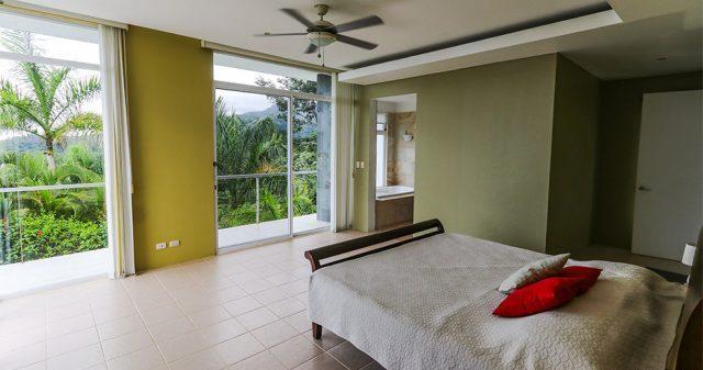 contemporary-home-uvita-9453-640x360