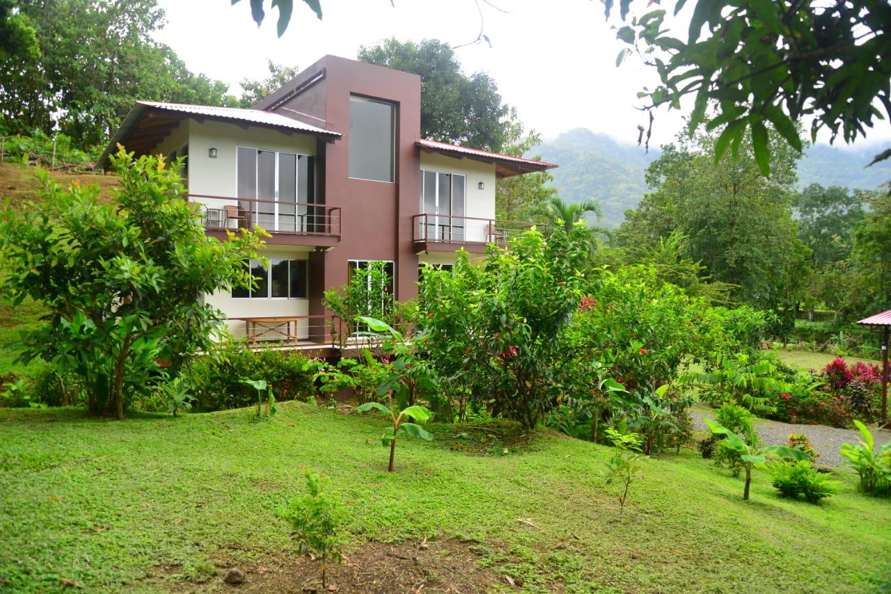 Property with a house and guesthouse on it *BOTH FULLY FURNISHED* for sale in San Rafael Norte of Parrita.