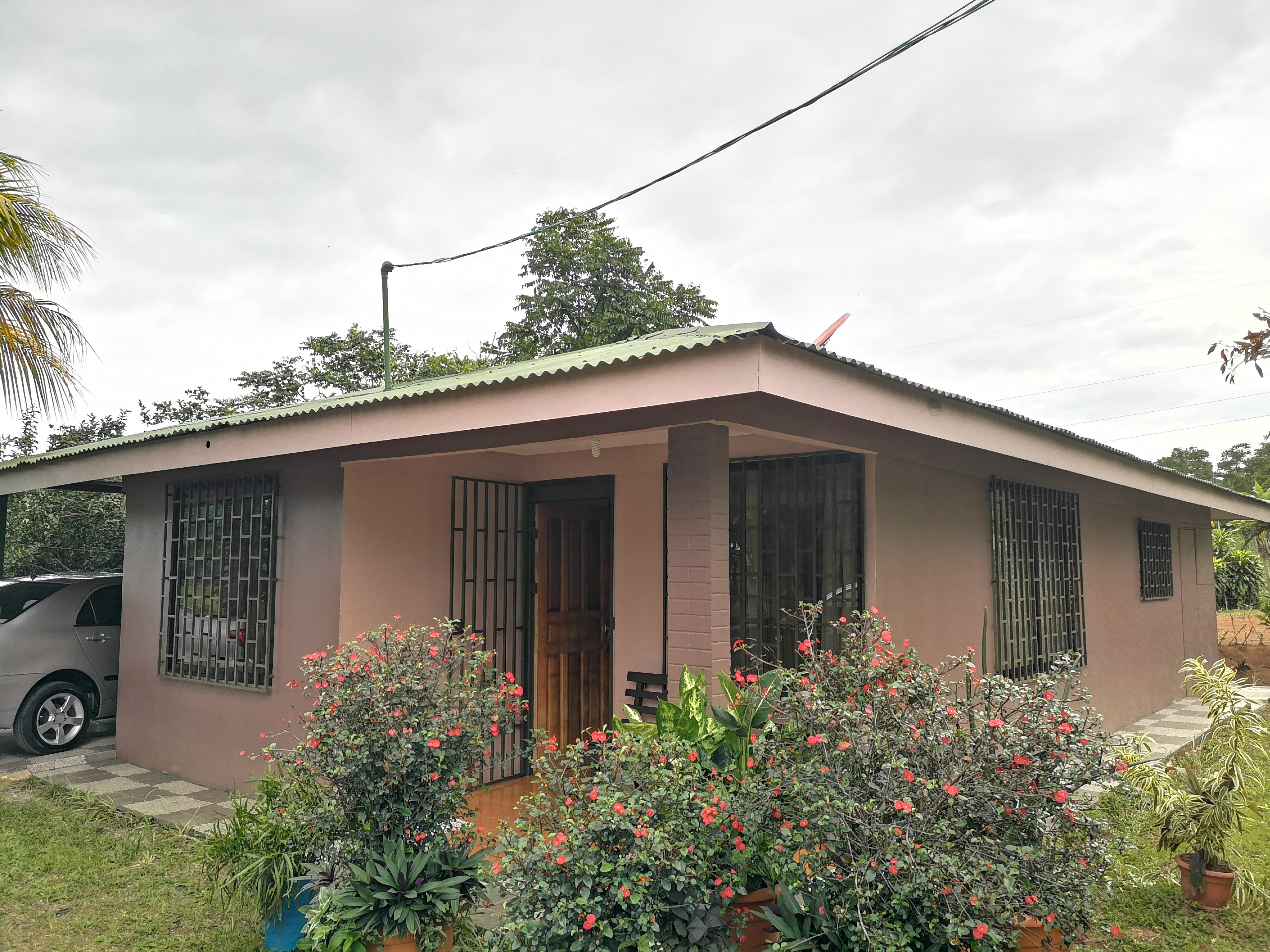Nice accessible house in Los Reyes, Perez Zeledon