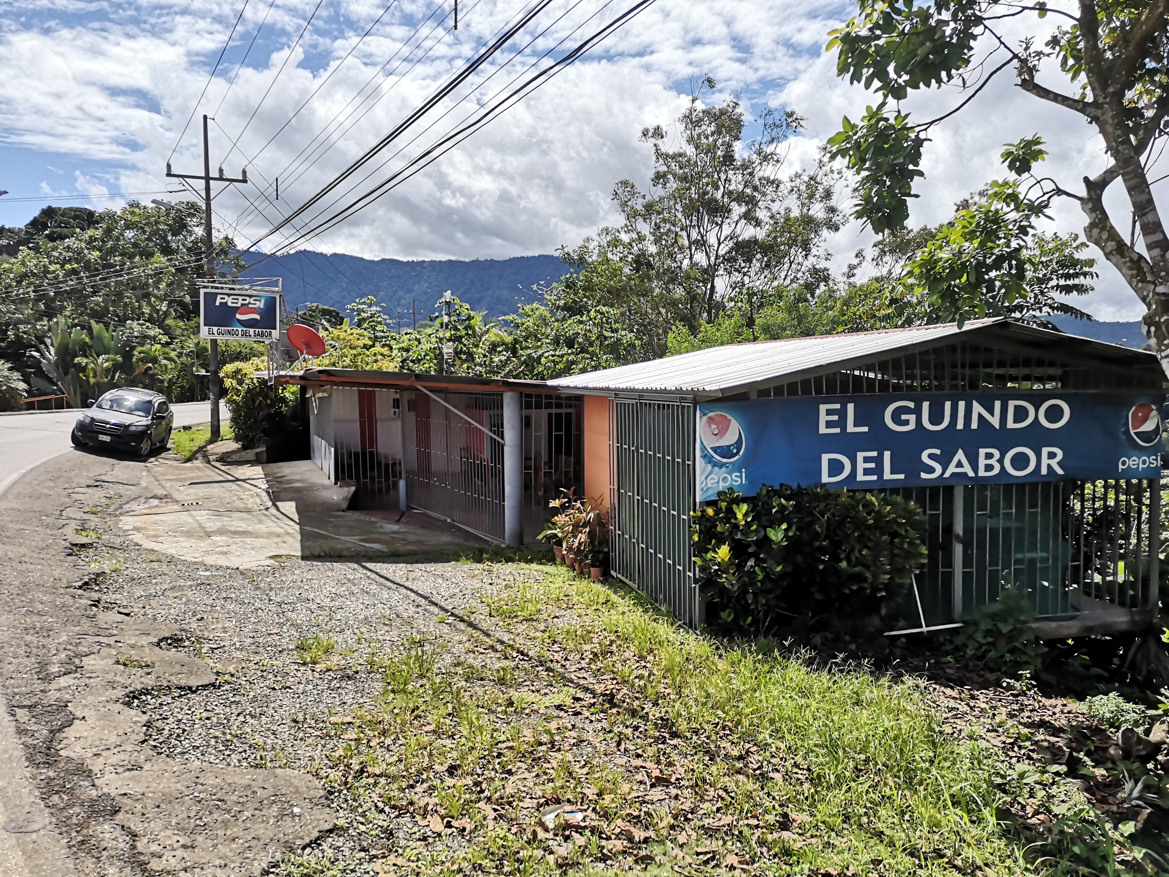 Business with lot to build in Platanillo, Baru
