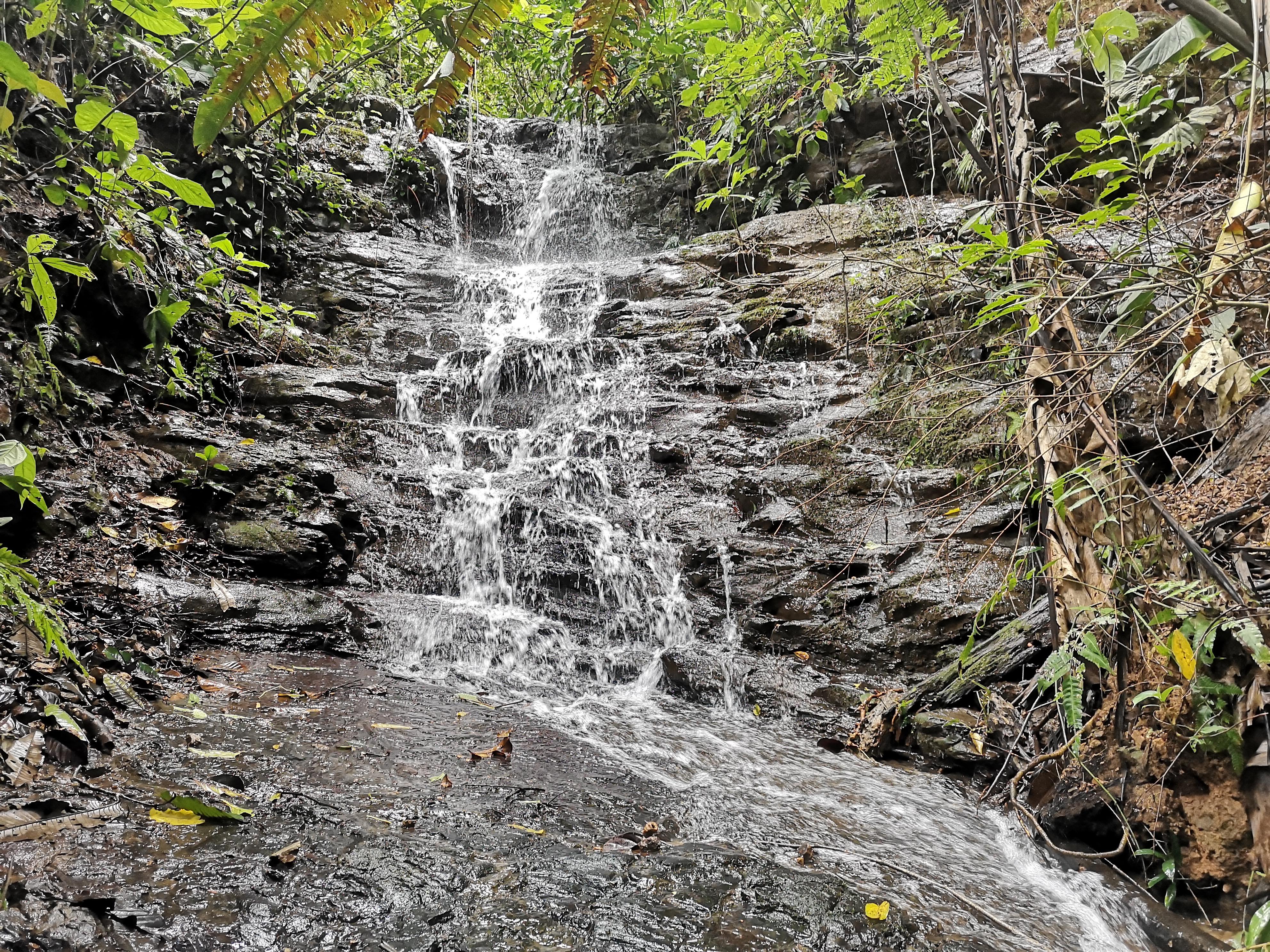 Beautiful property with cascade in Platanillo, Baru