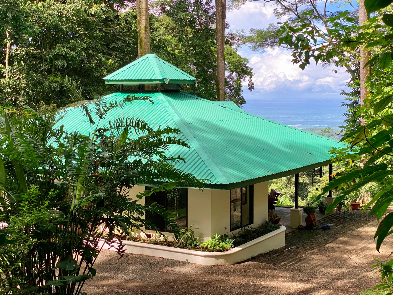 Ocean View, 2 Bedroom home and LAND!!!