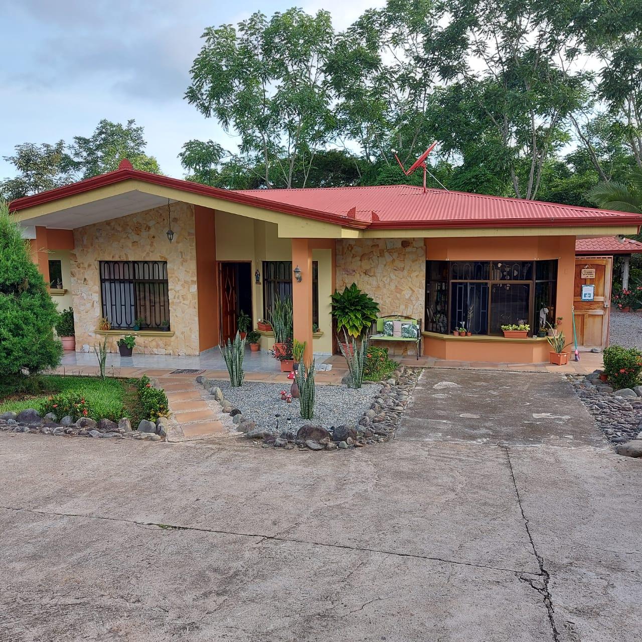 Nice property with house in Pedregosito, Pérez Zeledón