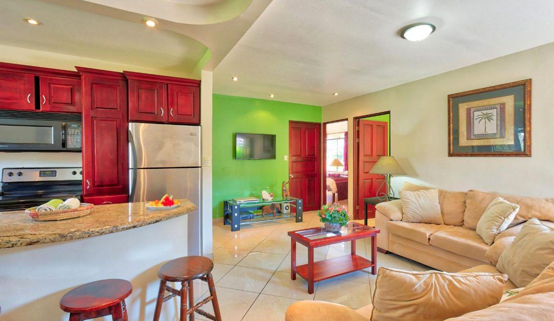 Las-brisas-resort-&-villas-casa-toucan-living-room