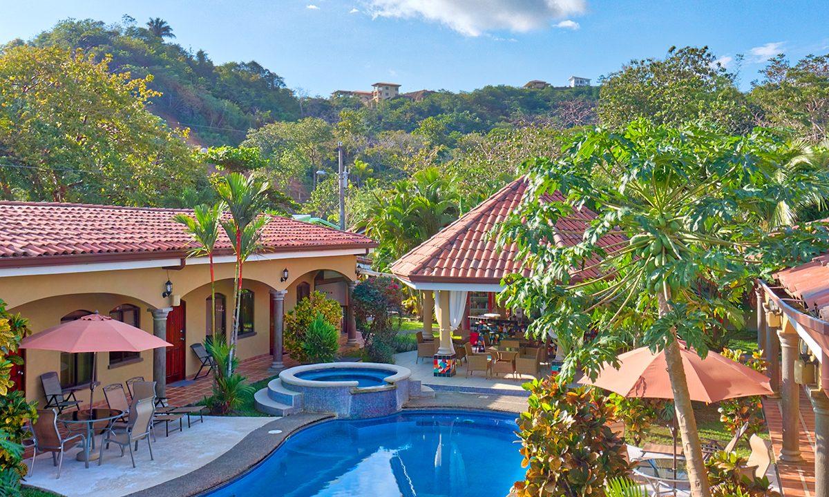 las-brisas-resort-and-villas-aireal-pool