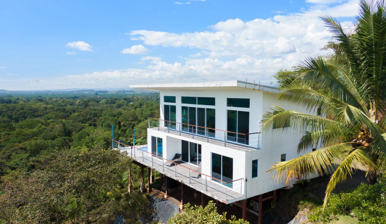 summit house-1