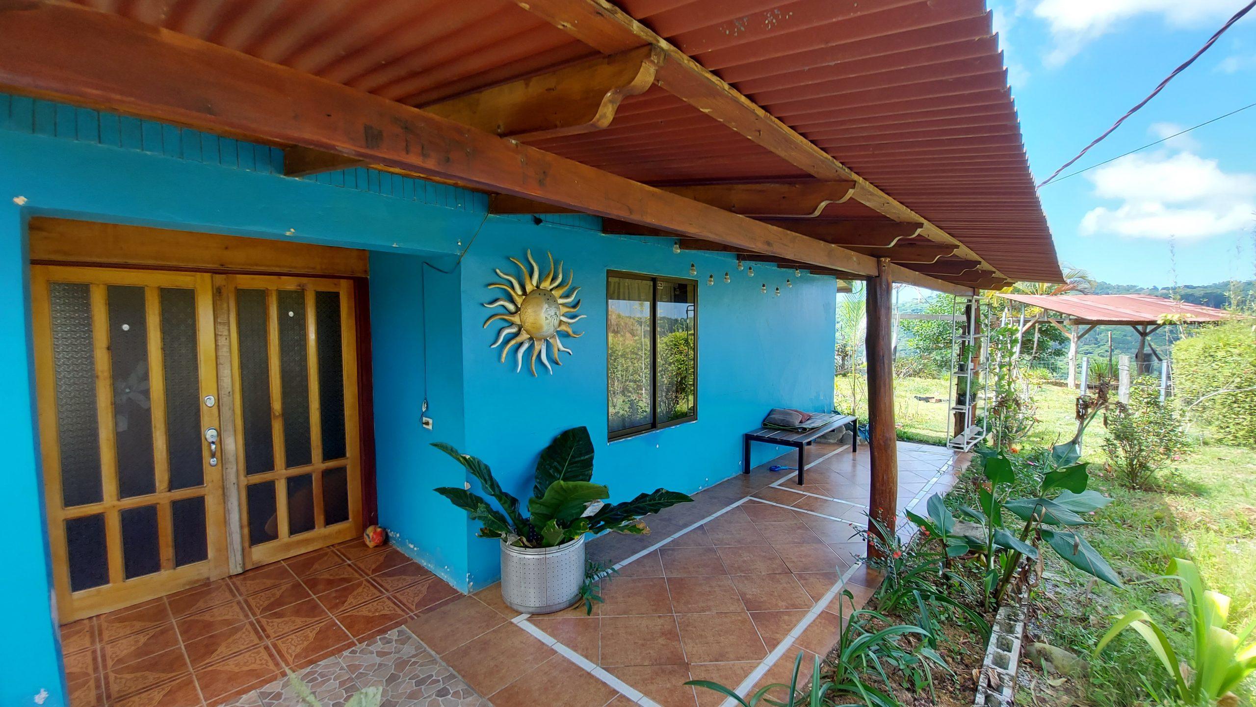 House with mountain view in Diamante Valley, San Salvador, Baru